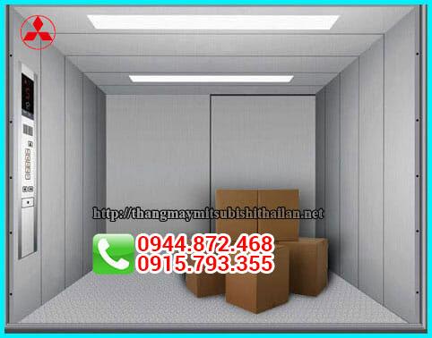Lựa chọn thang máy tải hàng có độ rộng và tải trọng phù hợp